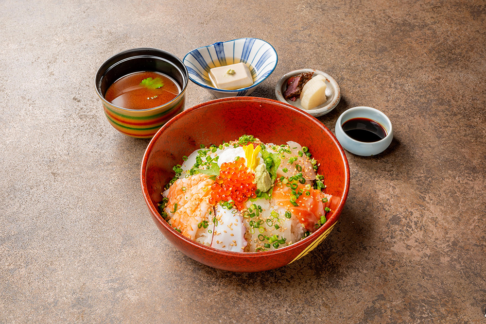 """京""海鮮丼 Kyoto Sashimi Rice Bowl"